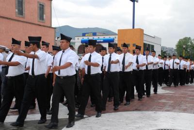 20070821122946-nuevos-policias-img-3.jpg