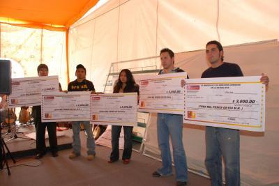 20071115103743-gamnadores-concurso-poesia.jpg