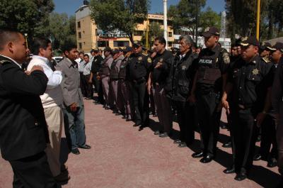 20090317103438-nuevo-director-de-policia-2.jpg