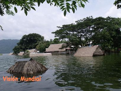 20111012223431-casas-inundadas-san-miguel-soyaltepec-oax..jpg