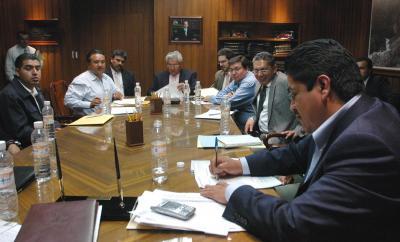 Se electrificará Ecatepec al 100 por ciento; el SME se pronuncia contra el alto costo en el cobro de luz