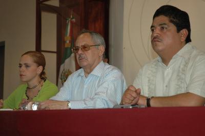 El Procurador Abel Villicaña reconoce carencias, vicios y malas costumbres en los Centros de Justicia de Ecatepec