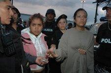 """En San Agustín, Xalostoc, Chamizal y Granjas Valle de Guadalupe, ya pueden dormir tranquilos; detuvieron a los """"principales narcomenudistas de la región"""". Bueno, eso dijo el Ayuntamiento."""