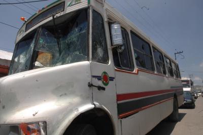 Se enfrentaron choferes de las líneas de transporte público Nezahualpilli y San Pedro-Santa Clara