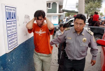 20070826164733-detenido-en-llanetes-img.jpg
