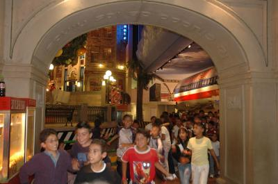 Menores en condición de pobreza visitan la Ciudad de los Niños