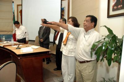 Cambia Gutiérrez Cureño a 3 directores, pero seguirán en la nómina; los nuevos cubren un perfil político pero no técnico, señala el PAN.