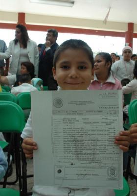 Registran a niños sin actas de nacimiento de la Casa Hogar Ecatepec
