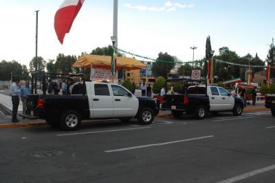 De 60 patrullas que le tocaban a Ecatepec, el gobernador Peña Nieto sólo entregó 2