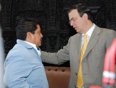 20071008113942-cureno-y-ebrar-iglom-3.jpg