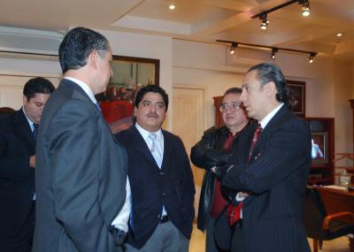 Diálogo Político:  Mientras que Gutiérrez Cureño anda tras los recursos del gasolinazo, López Obrador llama a luchar para que no haya aumento