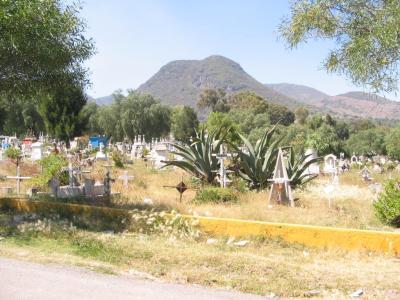 Exhumarán 7 mil osamentas en panteón de San Efrén en Ecatepec