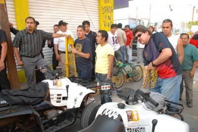 Abren a la circulación calles que vecinos de Ciudad Azteca mantenian cerradas