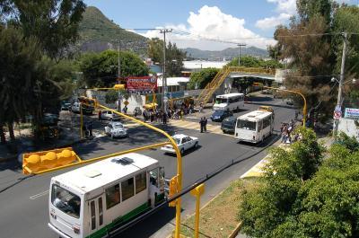 20091012110305-semaforos.jpg
